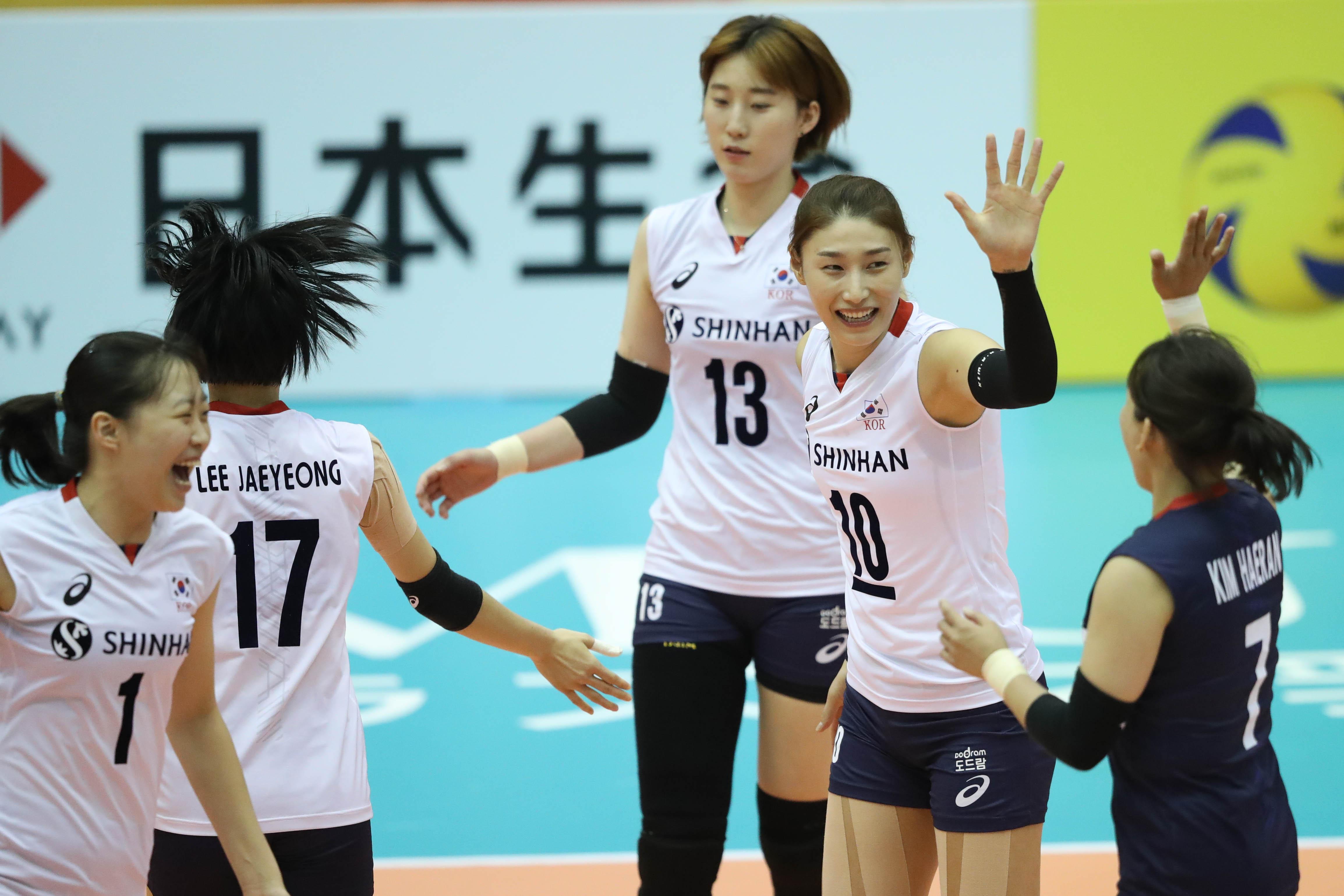 Post-Match - USA-Korea - FIVB Volleyball Women's World Championship
